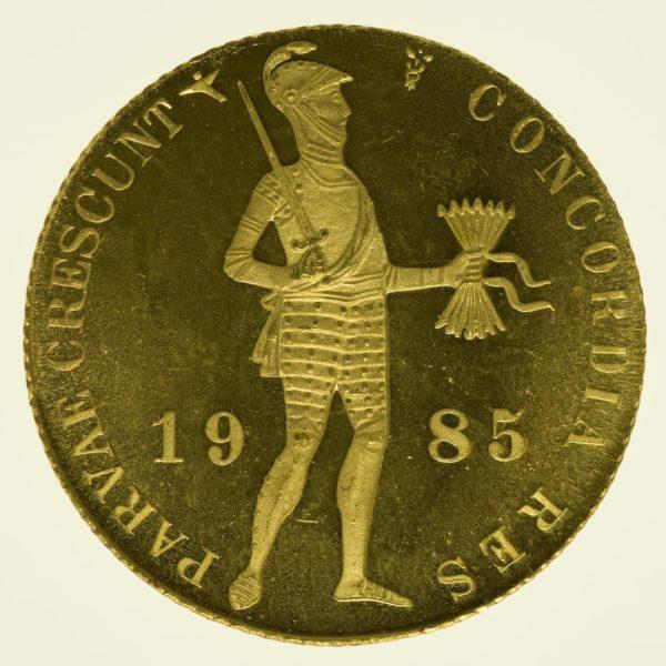 Niederlande Beatrix Dukat 1985 PP Gold 3,44 Gramm fein RAR